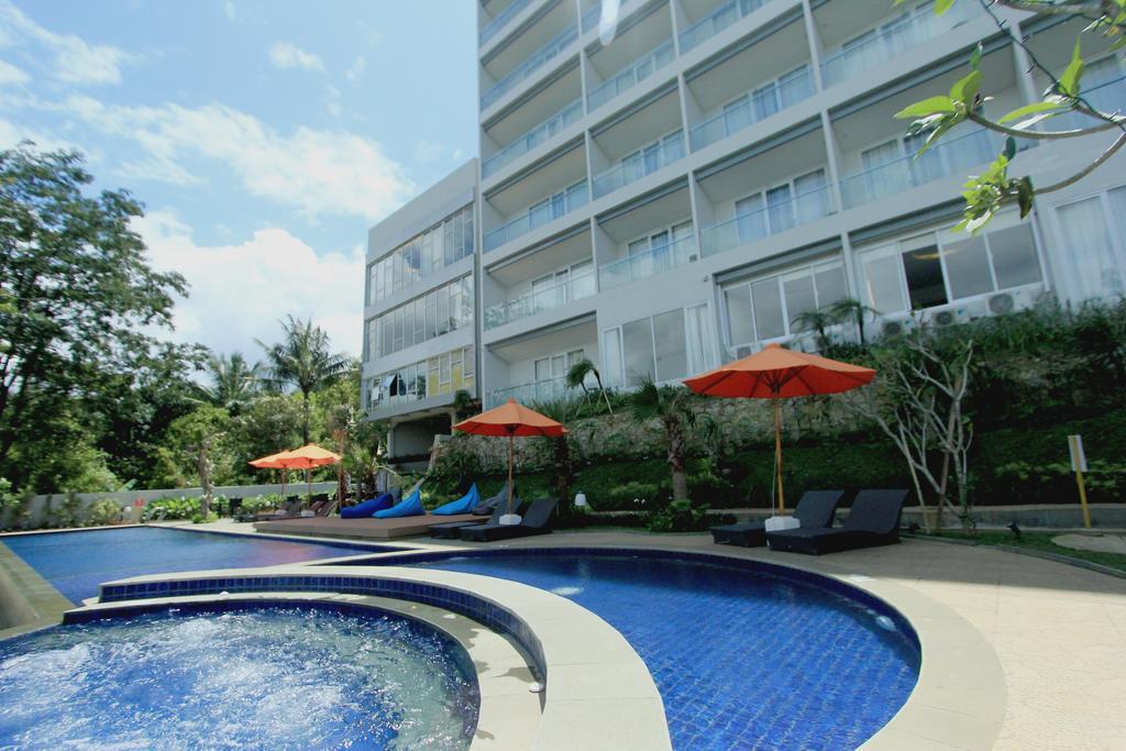 Clove Dago Hotel & Residences