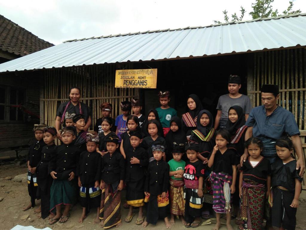 Sekolah Adat Rengganis, Lombok.